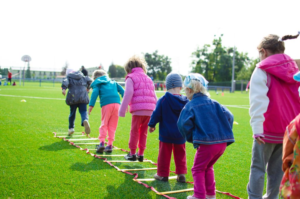 7 Amazing Tips to Grow Healthy and Active Kids